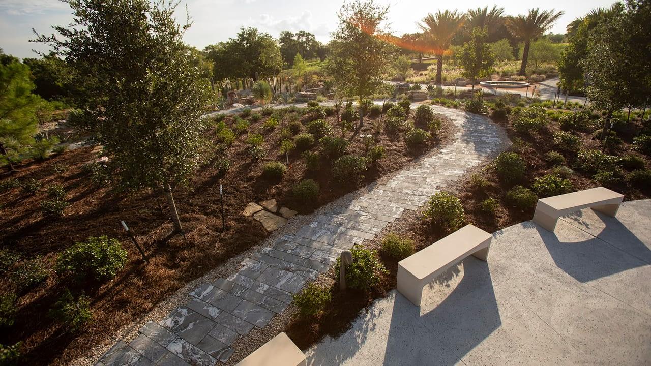 https://mlj18qoceiqy.i.optimole.com/YJeT_HI-Qx1xM1y7/w:1280/h:720/q:auto/rt:fill/g:ce/https://www.bdcontractors.com/wp-content/uploads/2021/06/The-Global-Collection-Garden.jpg