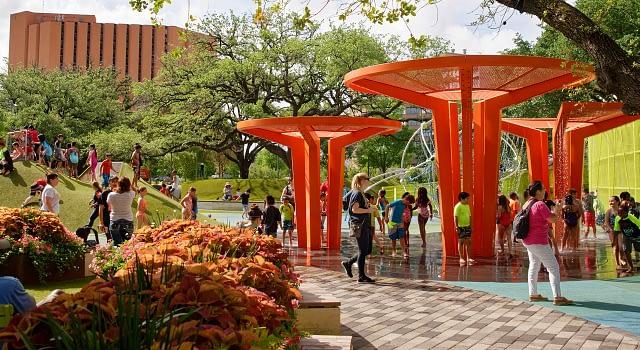 Public Spaces & Parks Landscaping